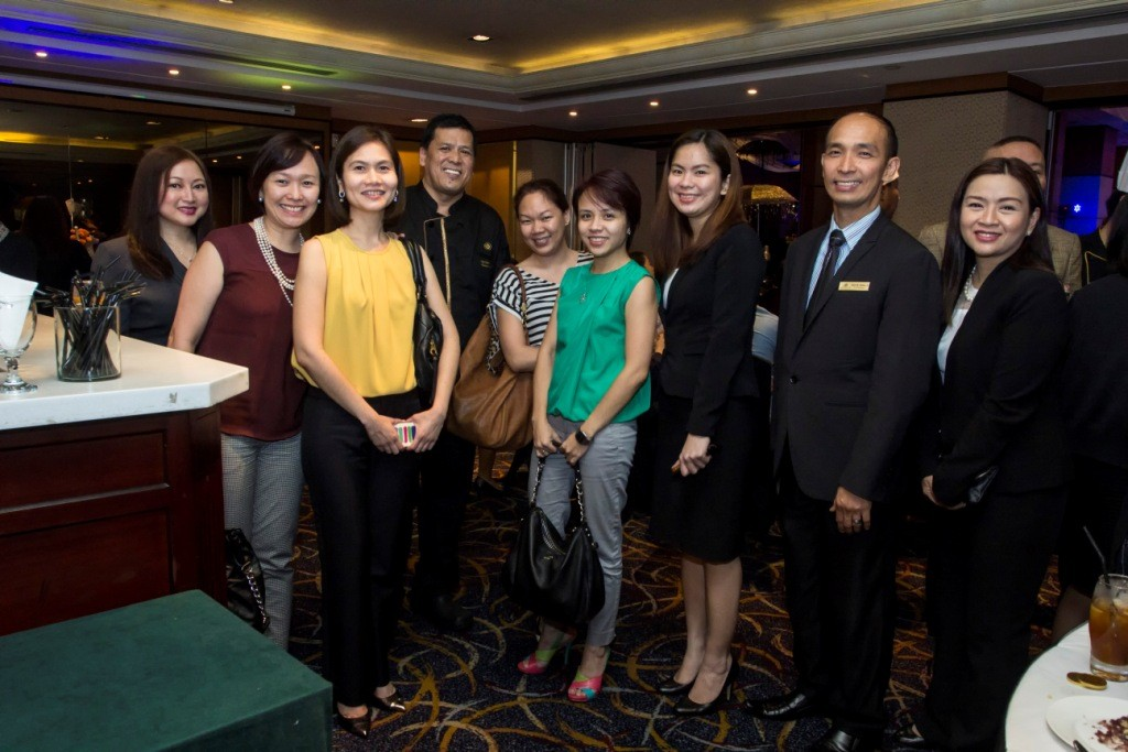 (L-R) Eastwood Richmonde Hotel's Assistant Director of Sales Czarina Galano; Imelda Jayme and Marichi Isidro of Citibank; Eastwood Richmonde Hotel's Executive Chef Patrick Obia; Gaile Guevarra and Tin Esguerra of Citibank; Eastwood Richmonde Hotel's Banquet Sales Account Manager Pie Lim, Food and Beverage Manager David Banez and Banquet Sales Manager Tina Lazaro