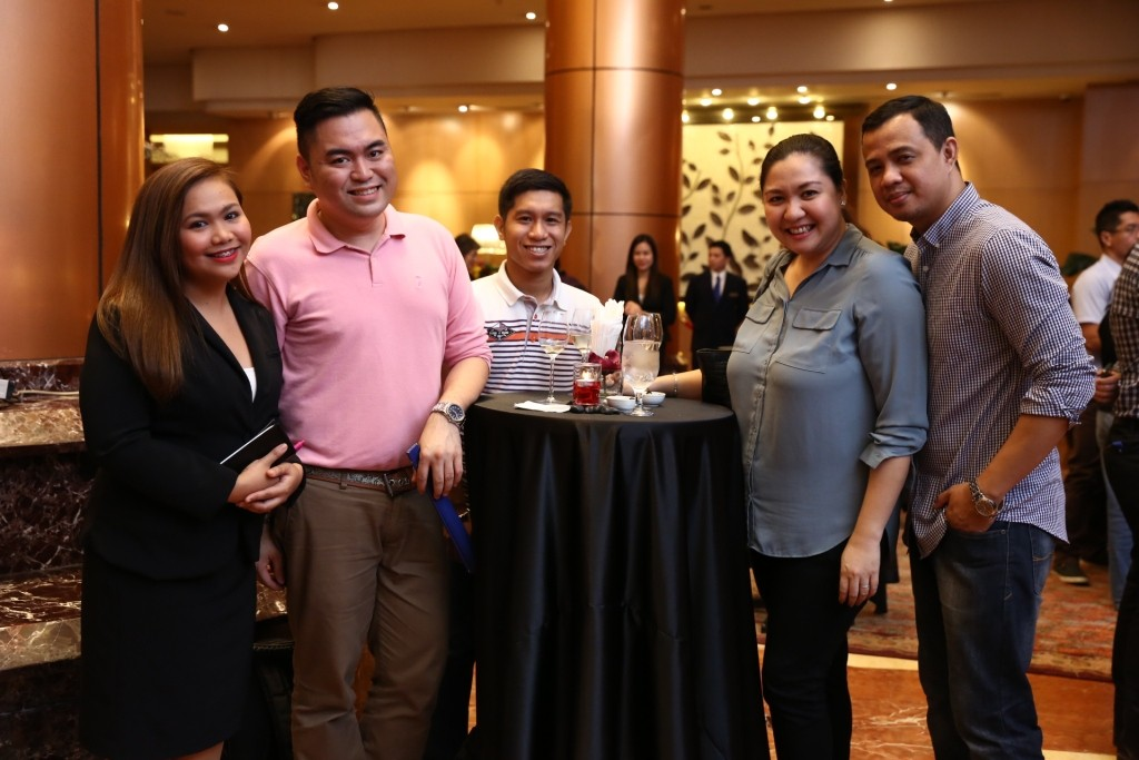 Eastwood Richmonde Hotel's Denise del Rosario (leftmost), Ann Samiado-Buendia and the Star Caller and Beautiful Weddings Team.