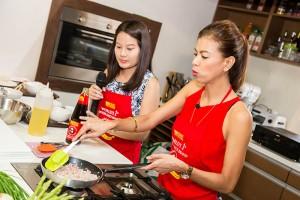 Suzi Abrera with restaurateur Karen Mejia