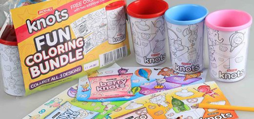 Add fun and creativity to your kids' lunchbox with the limited edition Jack 'n Jill Knots Fun Time Coloring Packs. This bundle comes with 12 packs of assorted Jack 'n Jill Knots flavors and a free color-your-own cup with three coloring sheets.