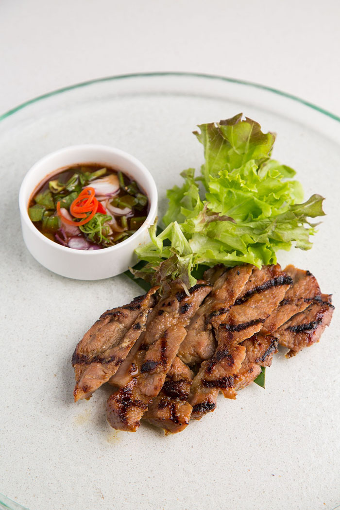 roasted-pork-neck-with-spicy-thai-dipping-sauce-kor-moo-yang