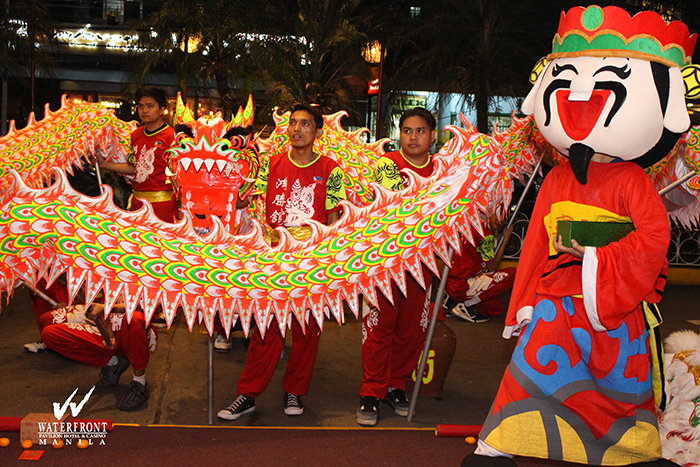 chinese new year dragon and lion dance ceremony from choy li fut hong sheng koon dragon and lion dancers to give prosperity and blessings to the visitors - Chinese New Year Dragon Dance