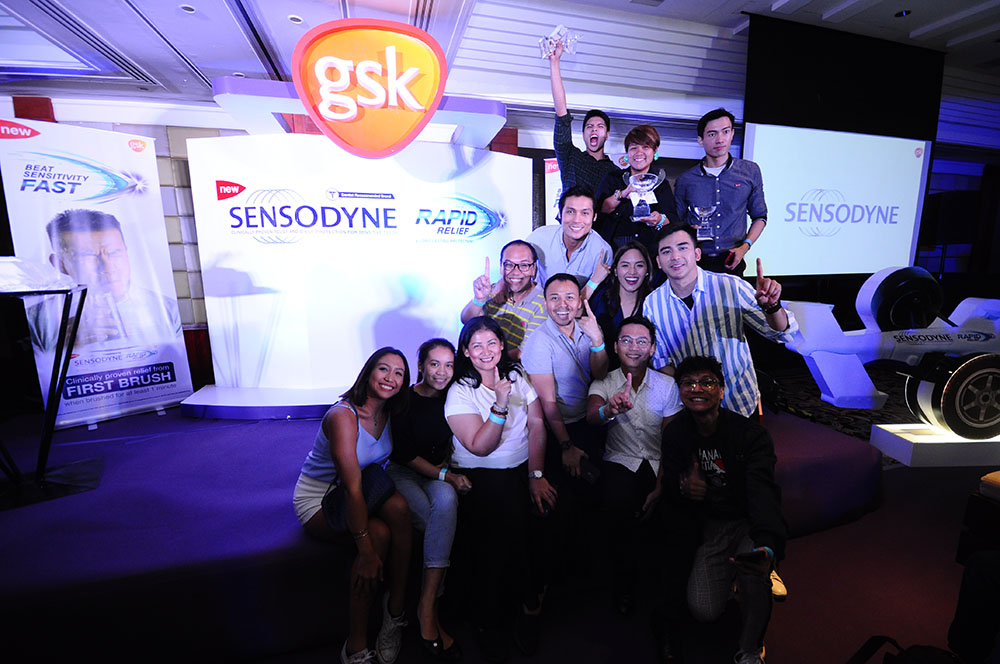 Winners of the Sensodyne Face the Race Challenge pose for their podium finish.