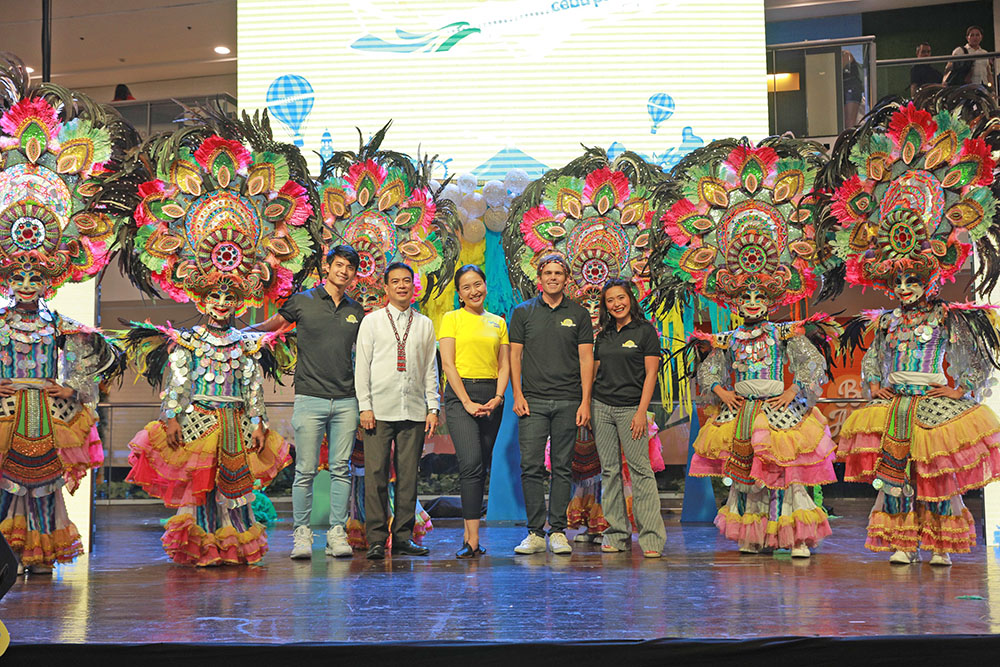 "Cebu Pacific announces the eighth run of its exciting backpacking trip, Juan for Fun 2019. Photo shows (center) Cebu Pacific Vice President for Marketing and Distribution Candice Iyog together with (second from left) Department of Tourism Assistant Secretary Robby Alabado, and travel coaches (leftmost) Mikael Daez, (fourth from left) Kyle ""Kulas"" Jennermann, and (rightmost) Joyce Pring."