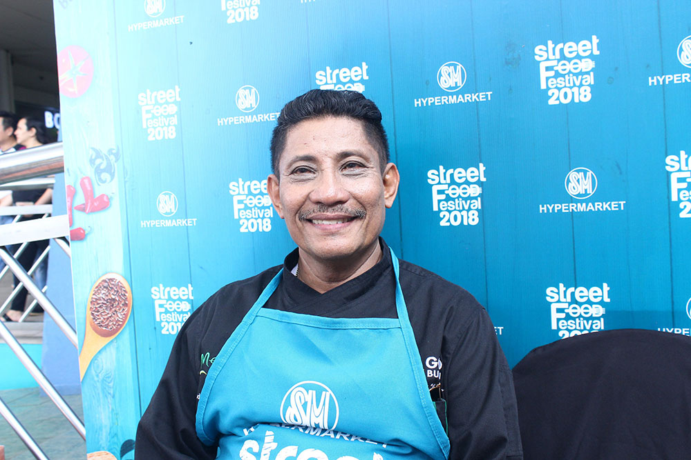 Chef Boy Logro, present in all SM Hypermarket Street Food Festival runs, will bring an 8-foot long Turon with Langka at the Grand Launch.