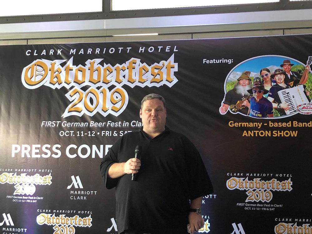 Goeran Soelter, Clark Marriott General Manager