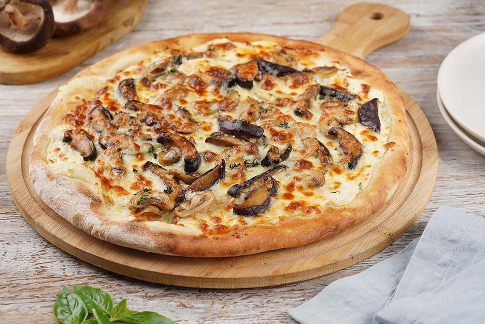 Mushrom Truffle Cream Thyme and Mozzarella Pizza copy
