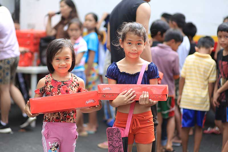 Kids are excited to bring home and share the sweetness of Red Ribbon.