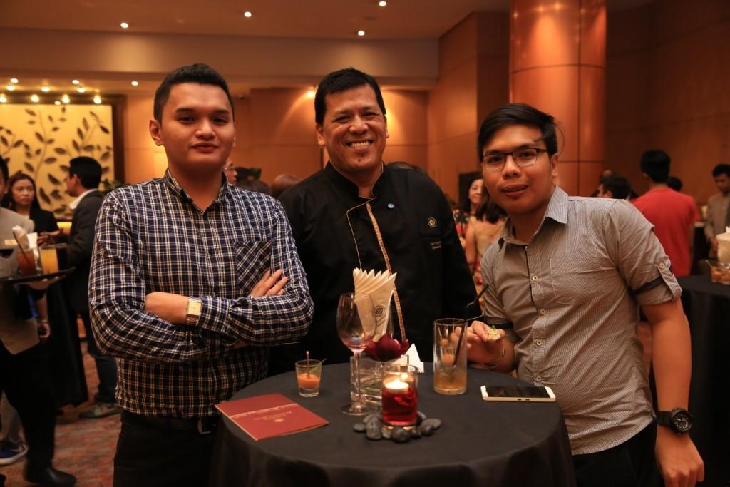 (L-R) Jan Michael Santos, Eastwood Richmonde Hotel Executive Chef Pat Obia, and Enriuen Sarcilla of Concentrix