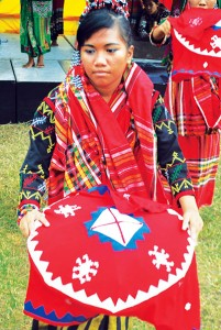 B'laan tribal dance