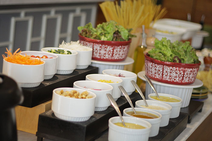 Create-Your-Own-Salad Station
