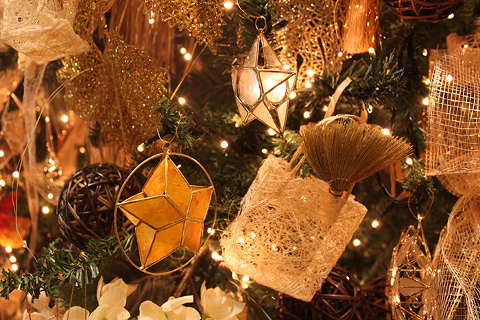 Decors and Ornaments of the tree were made using Filipino native products