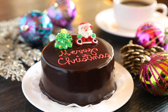 "Richmonde Chocolate Cake, PhP 150/4"""