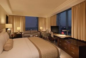 Executive Room - Crimson Hotel FIlinvest City Manila