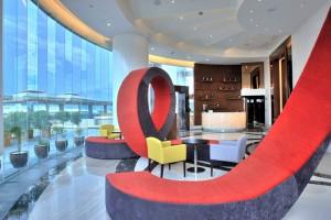 F Restaurant - Lobby