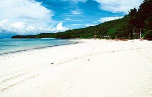 Gumasa Beach in Glan town