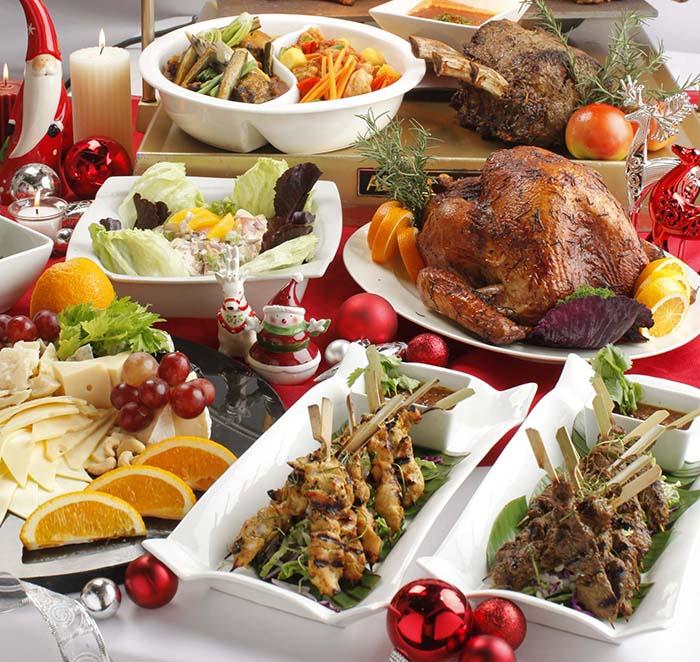 Latitude Holiday Buffet