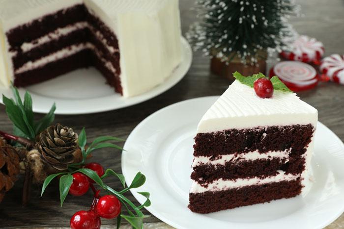 Richmonde Lobby Café's Red Velvet Cake