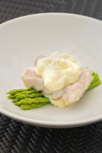 Steamed Philippine Red Grouper, Green Asparagus, Pomelo Salad and Hollandaise Zabaglione