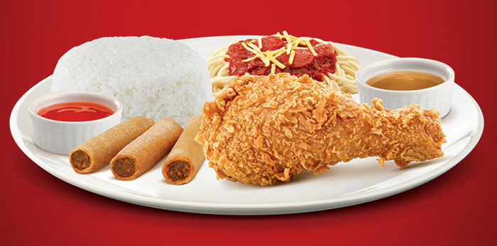 The Chickenjoy Super Meal comes with 1-piece Chickenjoy with rice, 3 pieces Shanghai rolls, half-portion of Jolly Spaghetti, regular drink and mini sundae for only P135.