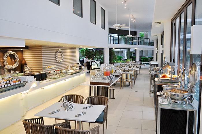 Buffet breakfast at Sands Restaurants