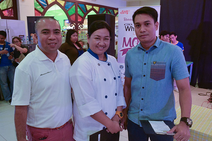 The competition judges, (from L-R) Marlon Aldenese of Cook Magazine, Chef Reggie Perez of King Sue, and Max Cuevas of Cash & Carry Mall