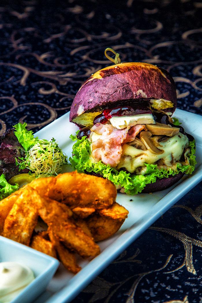Belmont Blueberry Burger