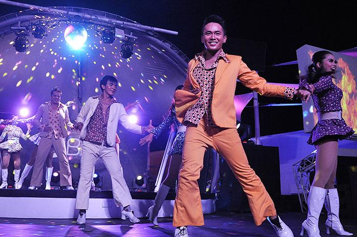 Ibiz Beach Club - dance sequences by Show Team (retro pop) (2)