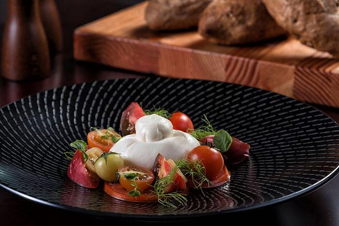 Tomato & Burata Salad
