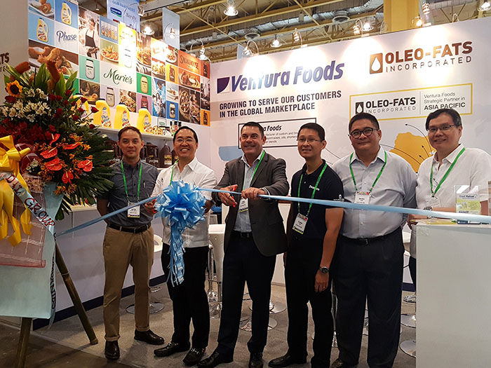 Ribbon Cutting ceremony during the opening of WOFEX 2016 last August 3, 2016. (L-R) Anton de los Santos - Sales and Marketing Director – Export Division; Vincent Lao – Managing Director, Oleo Fats ; Yann Kervoern - President, International Ventura Foods; Glenn Lobo - Director of International Operations – Asia Pacific, Ventura Foods; Baven Chin – Sales Director – APAC; and Francis Tan – Director for Sales and Marketing, Local Division.