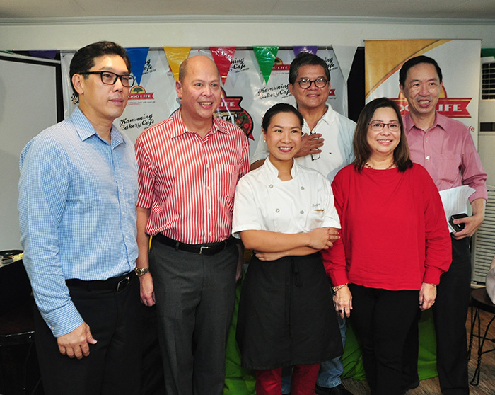 L-R: Fly Ace President Jun Cochanco, General Manager Ramon Daez, Chefs Mitchie Sison, Claude Tayag, Gigi Angkaw and Kamuning Bakery Café owner Wilson Lee Flores