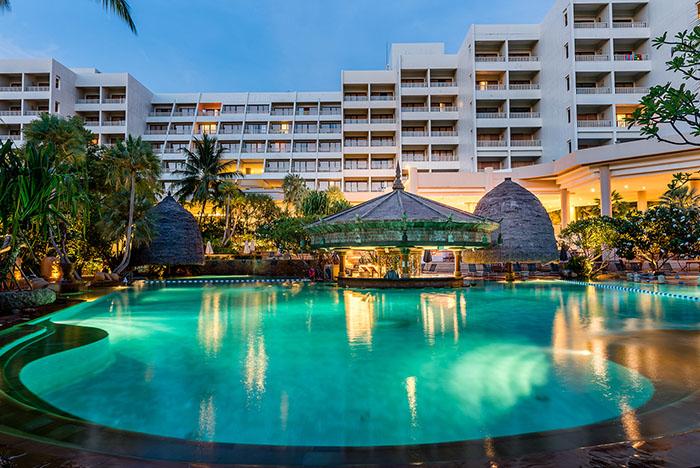 movenpick-resort-spa-karon-beach-phuket-5