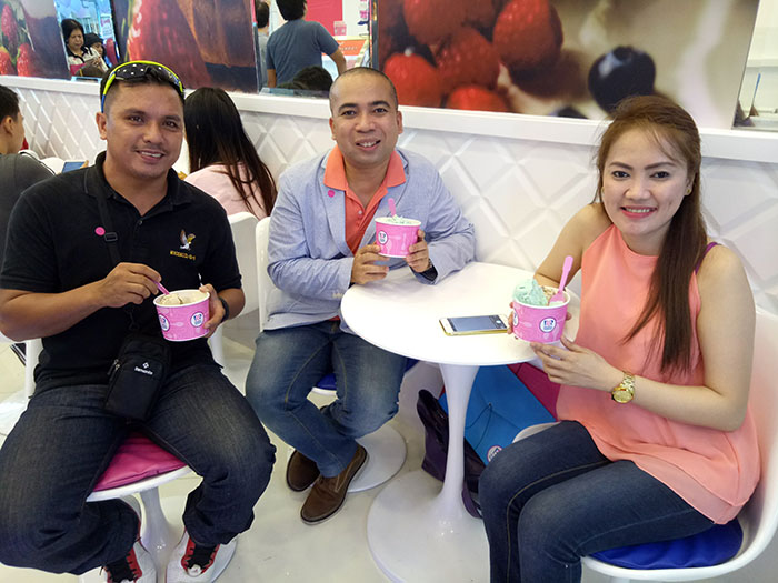 My brother-in-law, Edward Castillo, and my sister, Tetchie Aldenese-Castillo, enjoying our 3-scoop Baskin Robbins ice cream.
