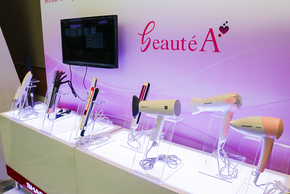 Sharp introduced beautéA that has a new line-up for beauty appliances including a Hair Iron, Blower and Curling Iron with a Plasmacluster technology copy