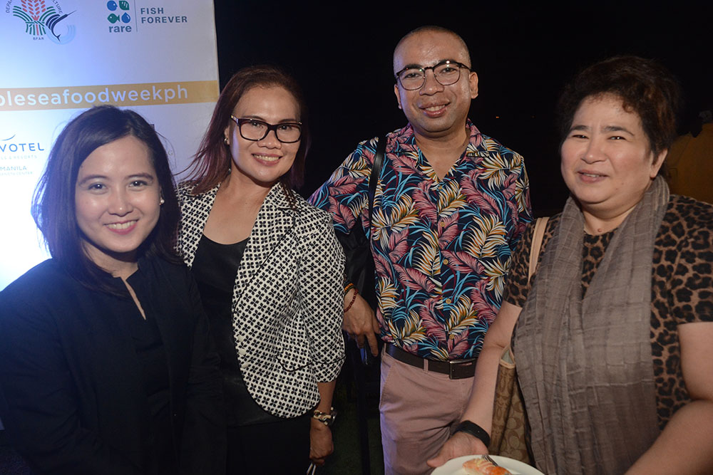 Joy Nostalg Hotels & Suites' Marketing and Communications Manager Kat Nocom, Philippine Star's Hati Fausto, Cook magazine's Marlon Aldense, and Hospitality magazine's Divine Recio