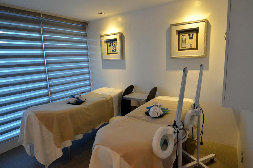 The Asian Aesthetic Center offers the latest in beauty treatments and procedures.