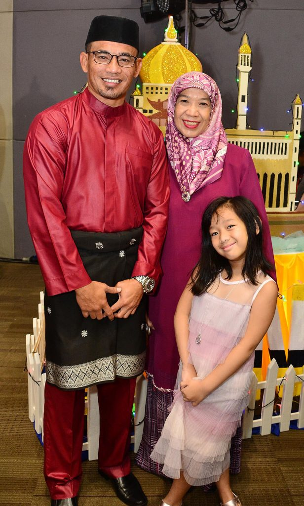 H.E. Brunei Ambassador Hajah Johariah binti Haji Wahab with husband Haseri Haji Asli and daughter