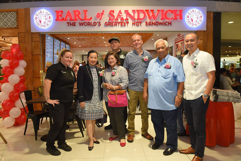 Florete Family with Earl of Sandwich International Team