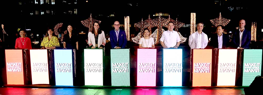 To showcase this year's lights and decorations, Ayala Land executives and Makati's officials led the lighting ceremony including (from left to right) SVP and Group Head of Strategic Land Bank Management Group Meean Dy, Paloma Urquijo, Alex Urquijo, Bea Zobel Jr., Ayala Land Inc. Chairman Emeritus Jaime Zobel de Ayala, Honorable Mayor Abby Binay, Ayala Land Inc. President and CEO Bobby Dy, Congressman Luis Campos, Board of Governor Makati Commercial Estate Association Cesar Campos, and Jaime Urquijo