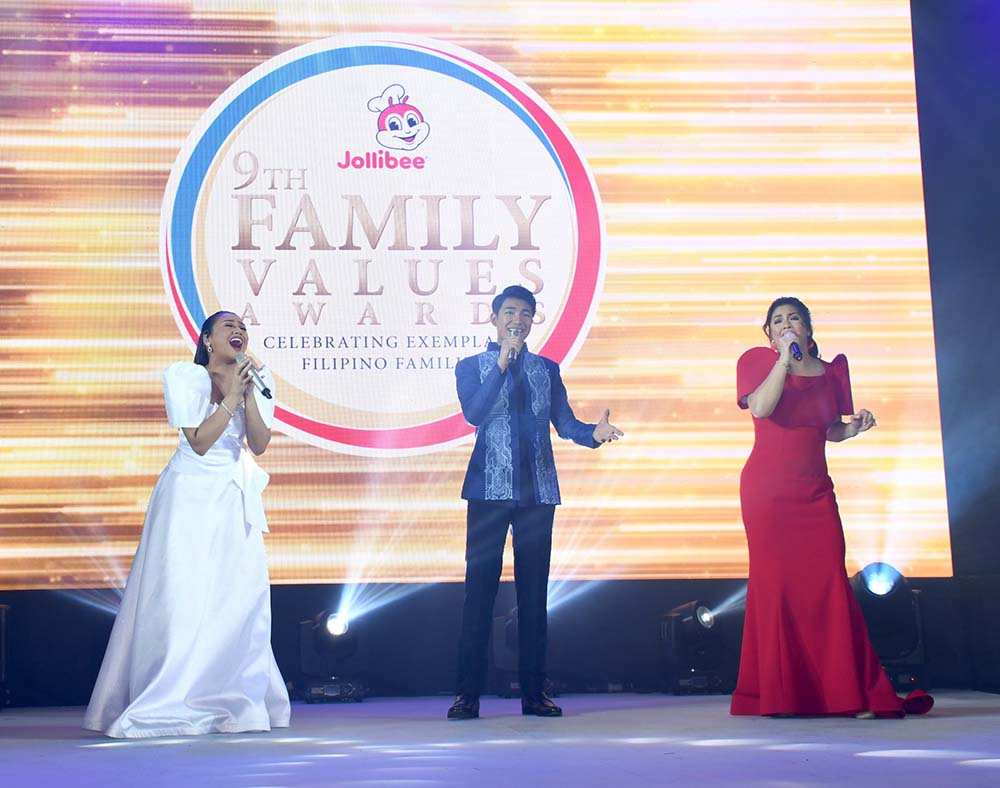 "Powerhouse singers Morissette, Darren Espanto, and Regine Velasquez-Alcasid culminate the night with a robust performance of the song ""Shine""."