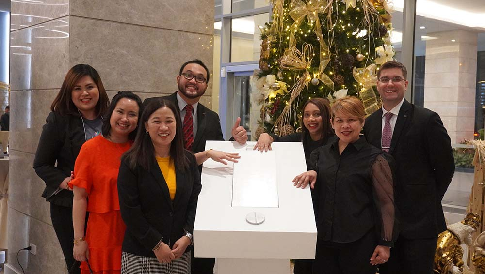 Ascott Management team during the Tree Lighting Ceremony of Citadines Bay City Manila