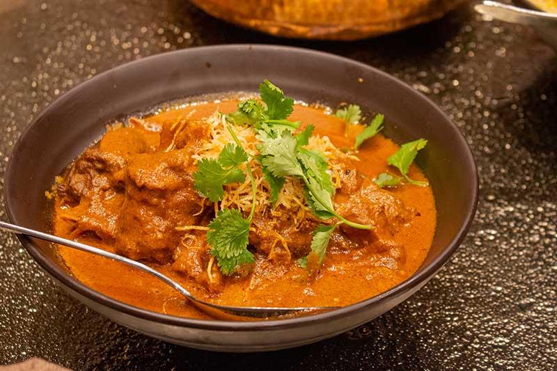 Nalli Nihari (lamb shank cooked in creamy rich gravy)