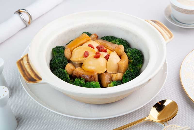 Crystal Dragon - Braised Dried Oyster Sea Cucumber Black Moss Pork Belly